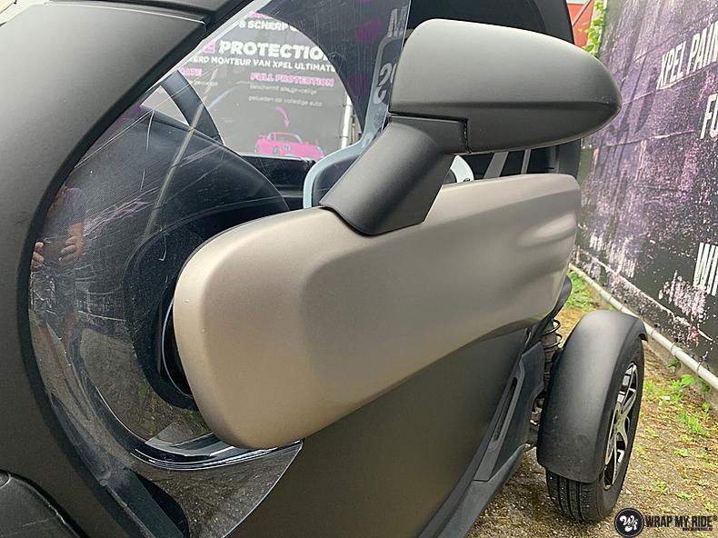 Renault Twizzy matte aluminium grey, Carwrapping door Wrapmyride.nu Foto-nr:13549, ©2021