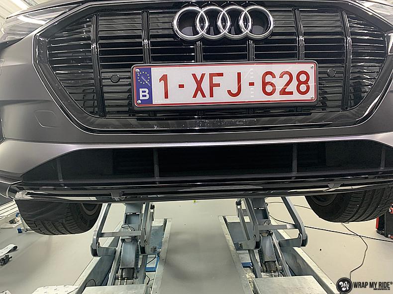Audi E-tron satin dark grey, Carwrapping door Wrapmyride.nu Foto-nr:13571, ©2021