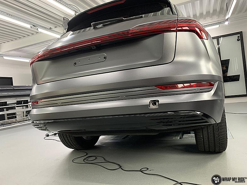 Audi E-tron satin dark grey, Carwrapping door Wrapmyride.nu Foto-nr:13573, ©2021