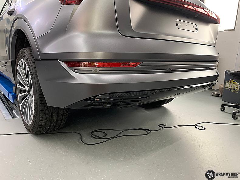 Audi E-tron satin dark grey, Carwrapping door Wrapmyride.nu Foto-nr:13574, ©2021