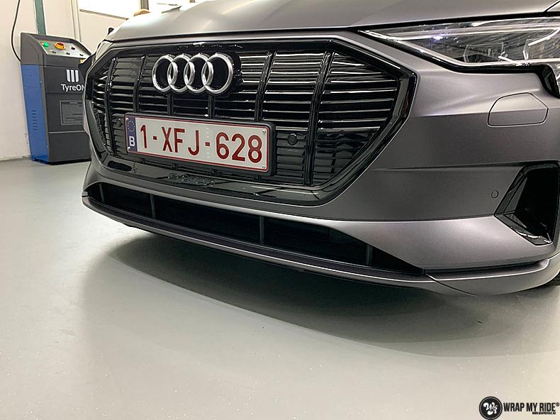 Audi E-tron satin dark grey, Carwrapping door Wrapmyride.nu Foto-nr:13577, ©2021