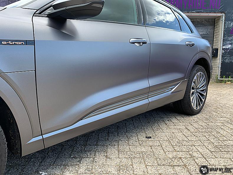 Audi E-tron satin dark grey, Carwrapping door Wrapmyride.nu Foto-nr:13580, ©2021