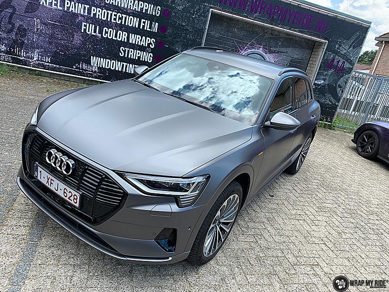 Audi E-tron satin dark grey, Carwrapping door Wrapmyride.nu Foto-nr:13584, ©2021