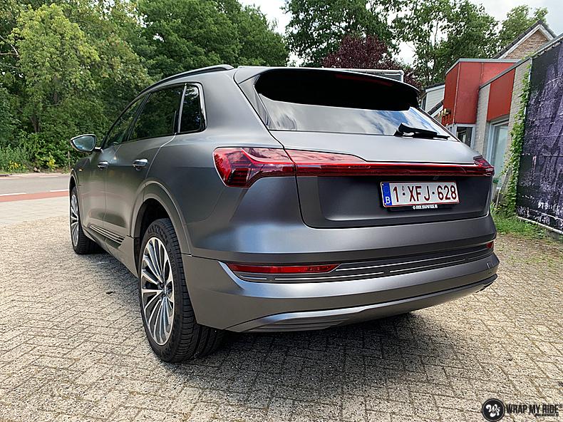 Audi E-tron satin dark grey, Carwrapping door Wrapmyride.nu Foto-nr:13587, ©2021