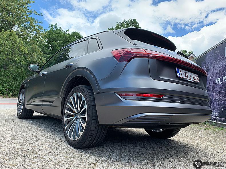 Audi E-tron satin dark grey, Carwrapping door Wrapmyride.nu Foto-nr:13589, ©2021