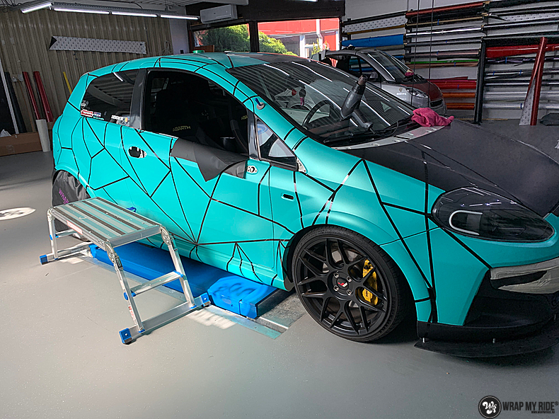 Fiat Punto Abarth custom design, Carwrapping door Wrapmyride.nu Foto-nr:13454, ©2021