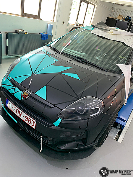 Fiat Punto Abarth custom design, Carwrapping door Wrapmyride.nu Foto-nr:13463, ©2021