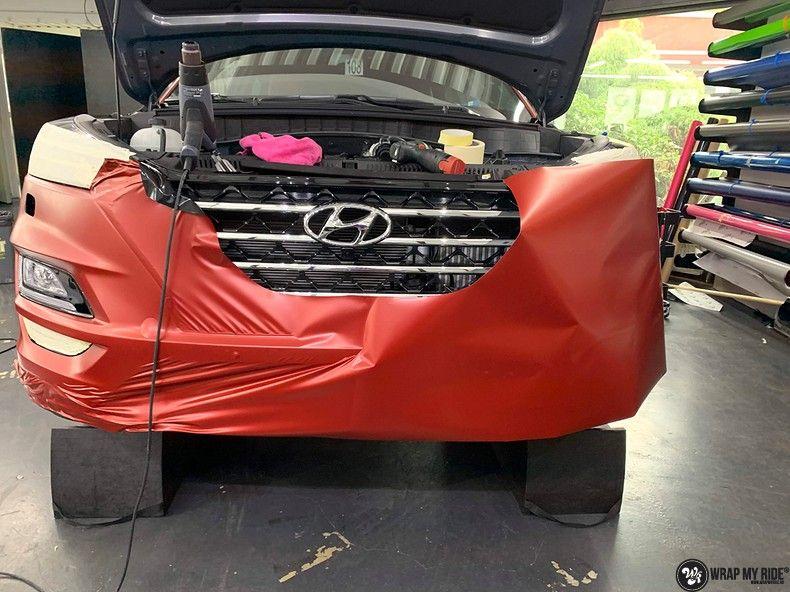 Hyundai Tucson satin vampire red, Carwrapping door Wrapmyride.nu Foto-nr:13183, ©2021