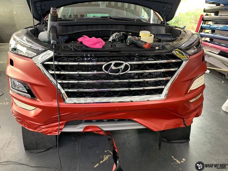 Hyundai Tucson satin vampire red, Carwrapping door Wrapmyride.nu Foto-nr:13186, ©2021