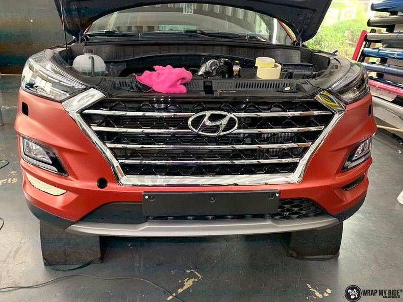 Hyundai Tucson satin vampire red, Carwrapping door Wrapmyride.nu Foto-nr:13187, ©2021
