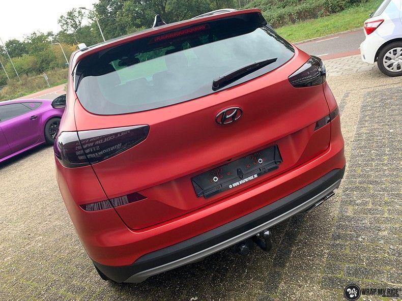 Hyundai Tucson satin vampire red, Carwrapping door Wrapmyride.nu Foto-nr:13214, ©2021