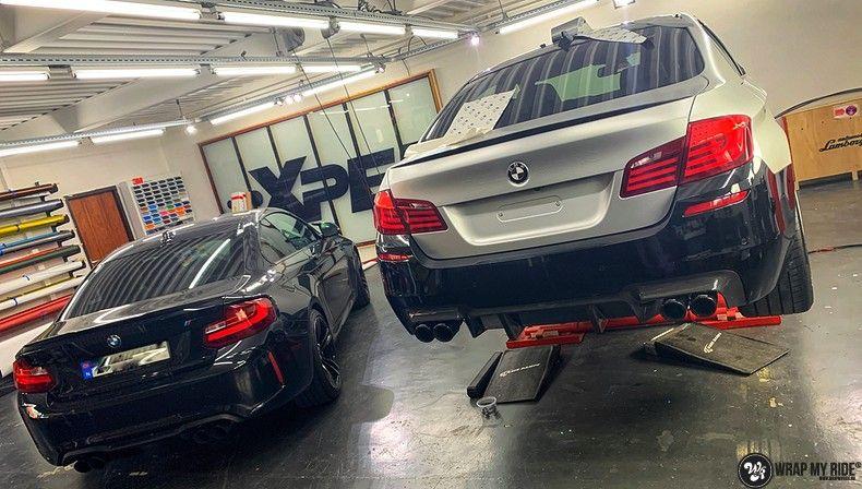 BMW M5 satin white aluminium, Carwrapping door Wrapmyride.nu Foto-nr:13131, ©2020