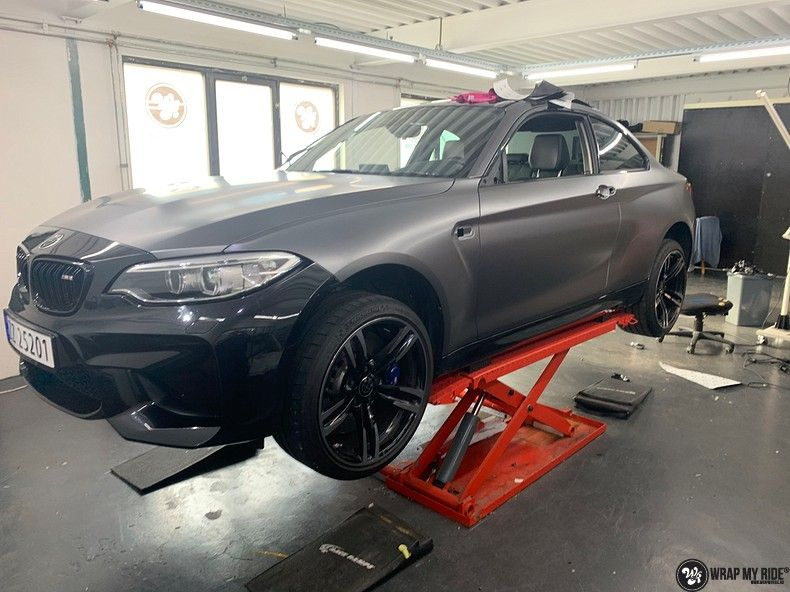 BMW M2 Satin dark grey, Carwrapping door Wrapmyride.nu Foto-nr:13077, ©2021