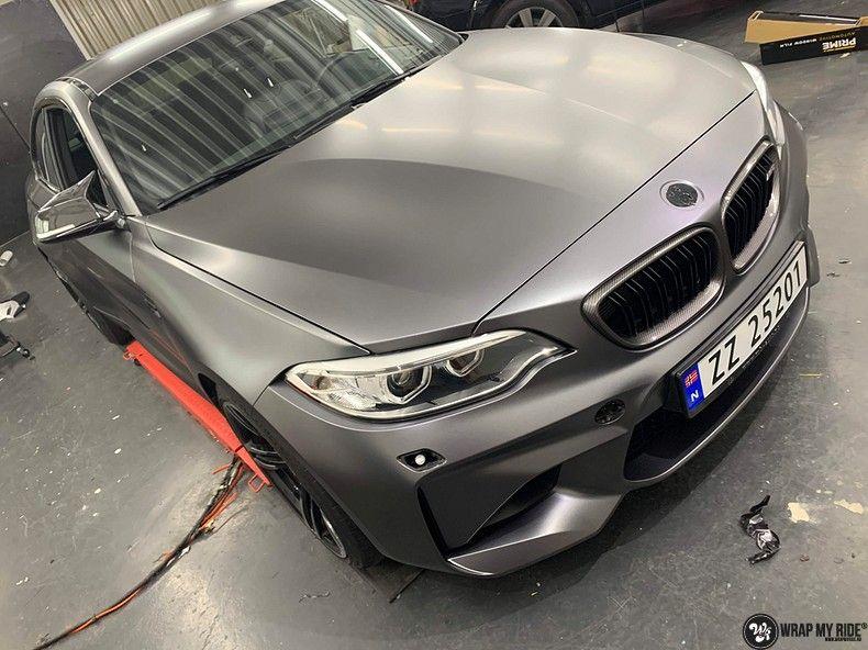 BMW M2 Satin dark grey, Carwrapping door Wrapmyride.nu Foto-nr:13109, ©2021