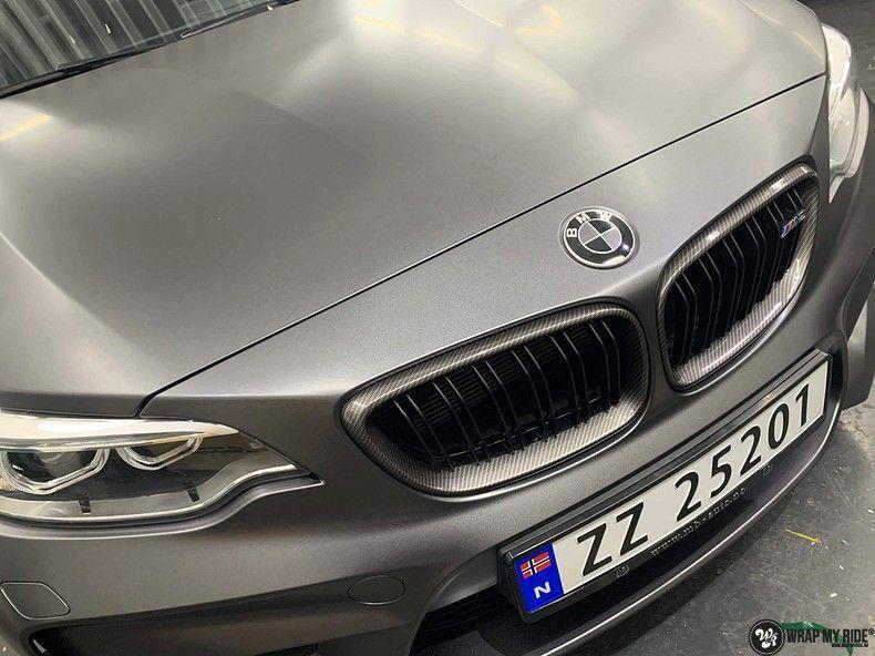 BMW M2 Satin dark grey, Carwrapping door Wrapmyride.nu Foto-nr:13111, ©2021