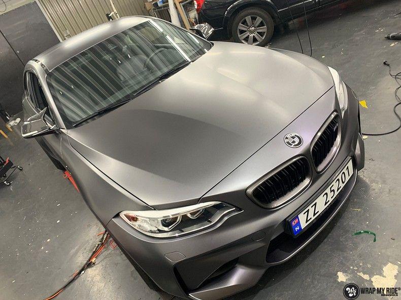 BMW M2 Satin dark grey, Carwrapping door Wrapmyride.nu Foto-nr:13112, ©2021