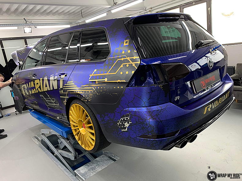 VW golf 7,5 R Variant, Carwrapping door Wrapmyride.nu Foto-nr:14008, ©2021