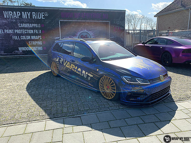 VW golf 7,5 R Variant, Carwrapping door Wrapmyride.nu Foto-nr:13990, ©2021
