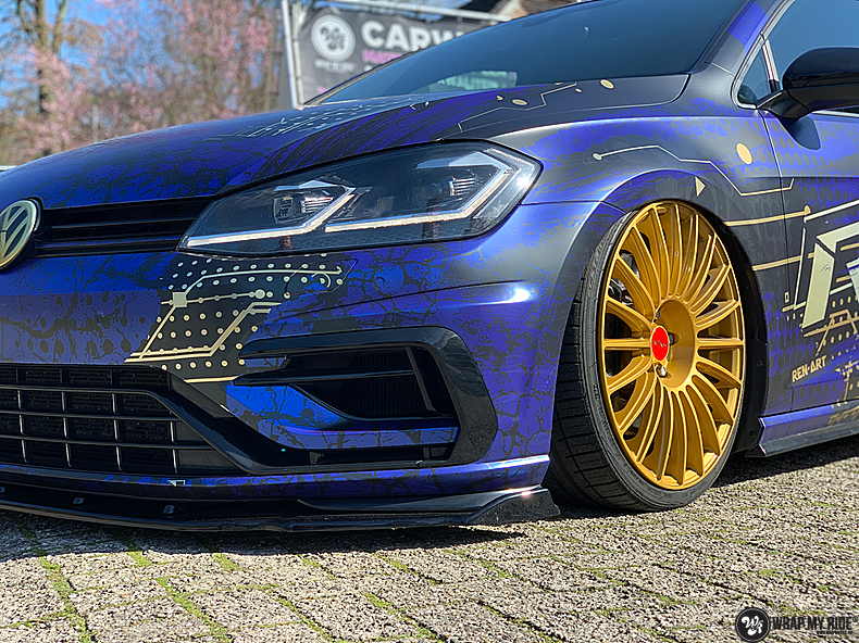 VW golf 7,5 R Variant, Carwrapping door Wrapmyride.nu Foto-nr:13987, ©2021