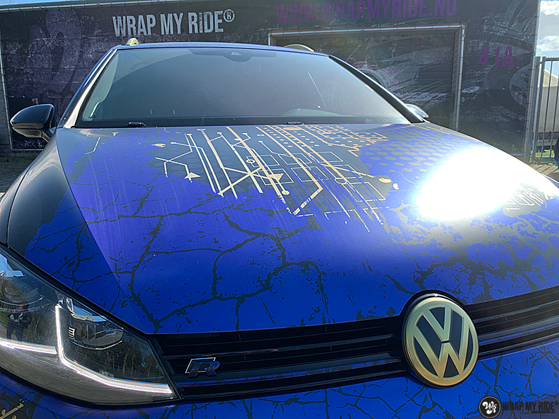 VW golf 7,5 R Variant, Carwrapping door Wrapmyride.nu Foto-nr:13967, ©2021