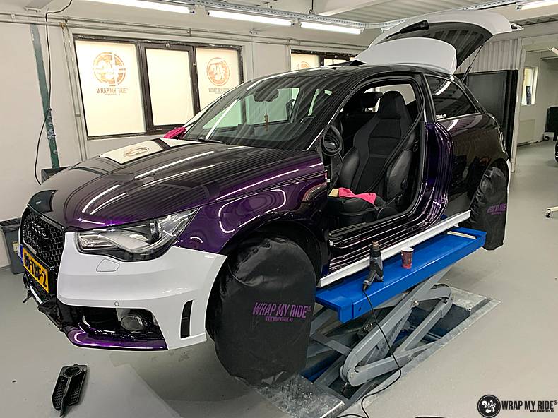 Audi A1 inozotec midnight purple, Carwrapping door Wrapmyride.nu Foto-nr:13706, ©2020