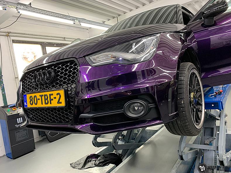 Audi A1 inozotec midnight purple, Carwrapping door Wrapmyride.nu Foto-nr:13727, ©2020