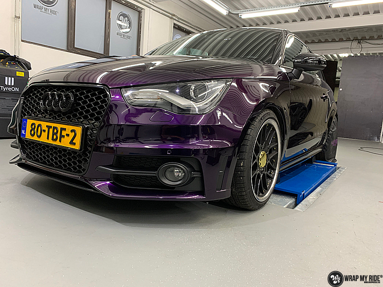 Audi A1 inozotec midnight purple, Carwrapping door Wrapmyride.nu Foto-nr:13730, ©2021