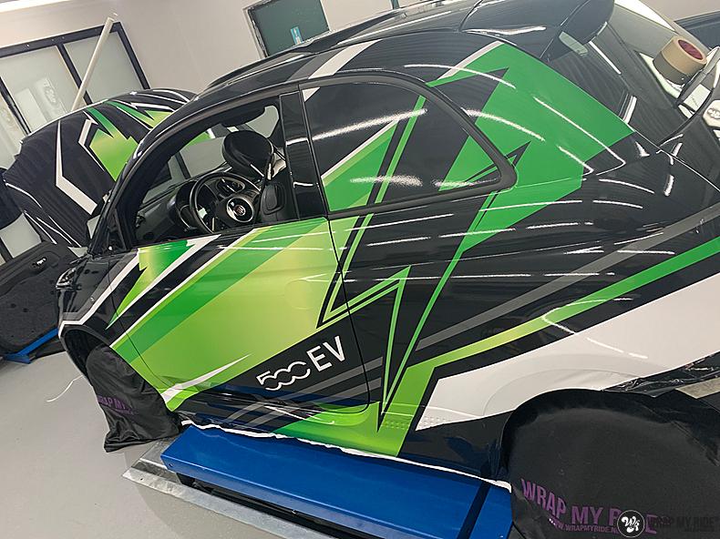 fiat 500 EV full colour wrap, Carwrapping door Wrapmyride.nu Foto-nr:13390, ©2021