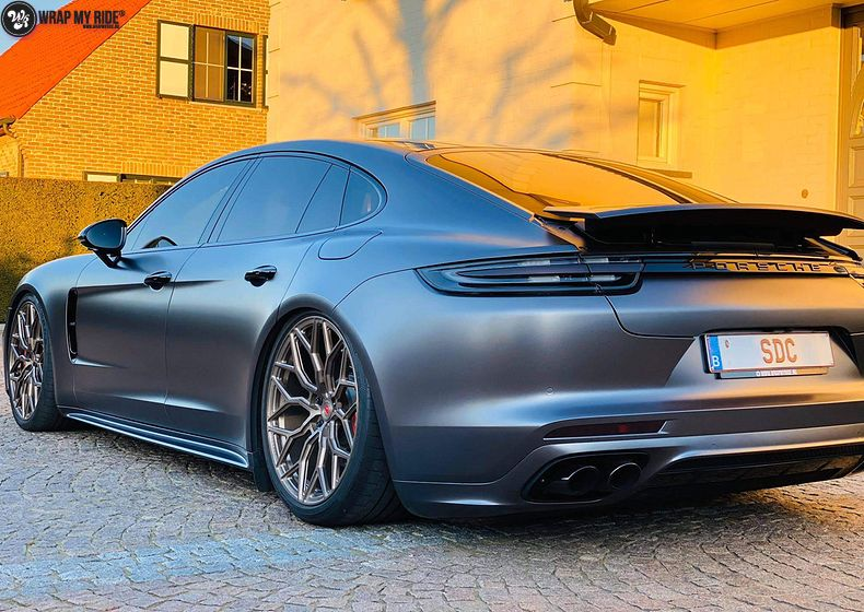 Porsche Panamera 4S satin dark grey, Carwrapping door Wrapmyride.nu Foto-nr:13301, ©2020