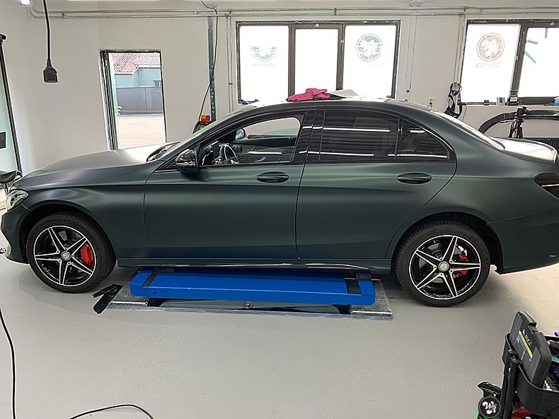 Mercedes C43 Matte Smaragd, Carwrapping door Wrapmyride.nu Foto-nr:13530, ©2020