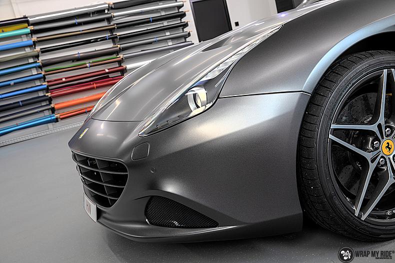 Ferrari California satin dark grey, Carwrapping door Wrapmyride.nu Foto-nr:13867, ©2020