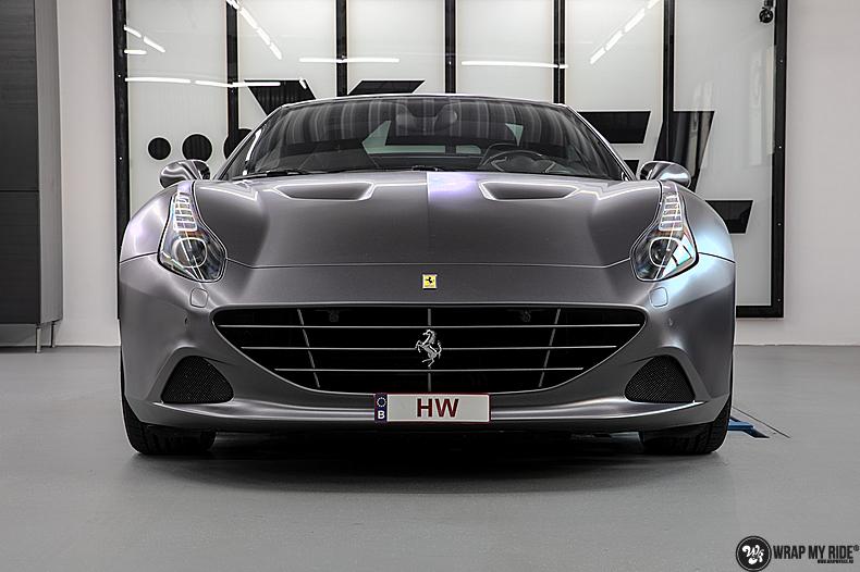 Ferrari California satin dark grey, Carwrapping door Wrapmyride.nu Foto-nr:13869, ©2020