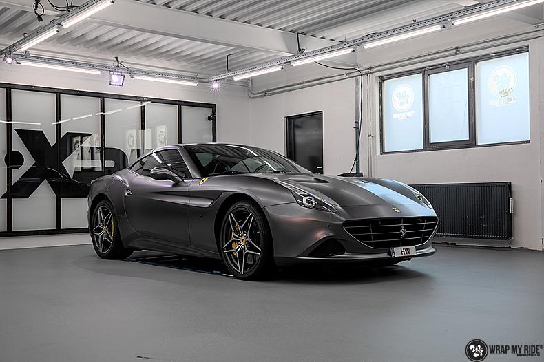Ferrari California satin dark grey, Carwrapping door Wrapmyride.nu Foto-nr:13863, ©2020