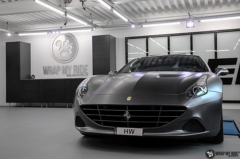 Ferrari California satin dark grey, Carwrapping door Wrapmyride.nu Foto-nr:13864, ©2020