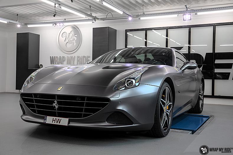Ferrari California satin dark grey, Carwrapping door Wrapmyride.nu Foto-nr:13865, ©2020