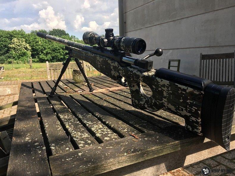 Airsoft Gun digital camo, Carwrapping door Wrapmyride.nu Foto-nr:11176, ©2019