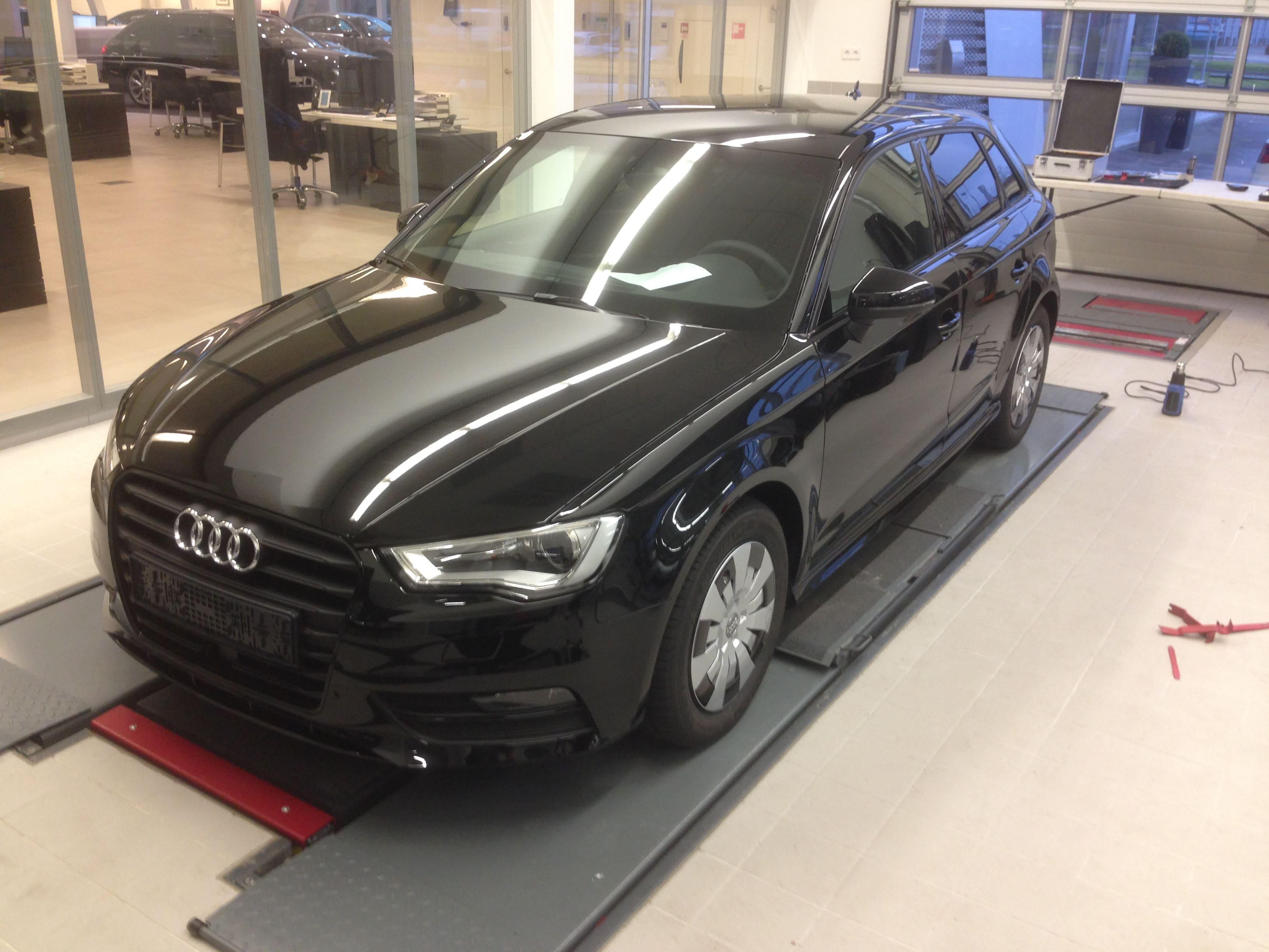 Audi A3 2014 met Mat Zwarte Wrap, Carwrapping door Wrapmyride.nu Foto-nr:4460, ©2021
