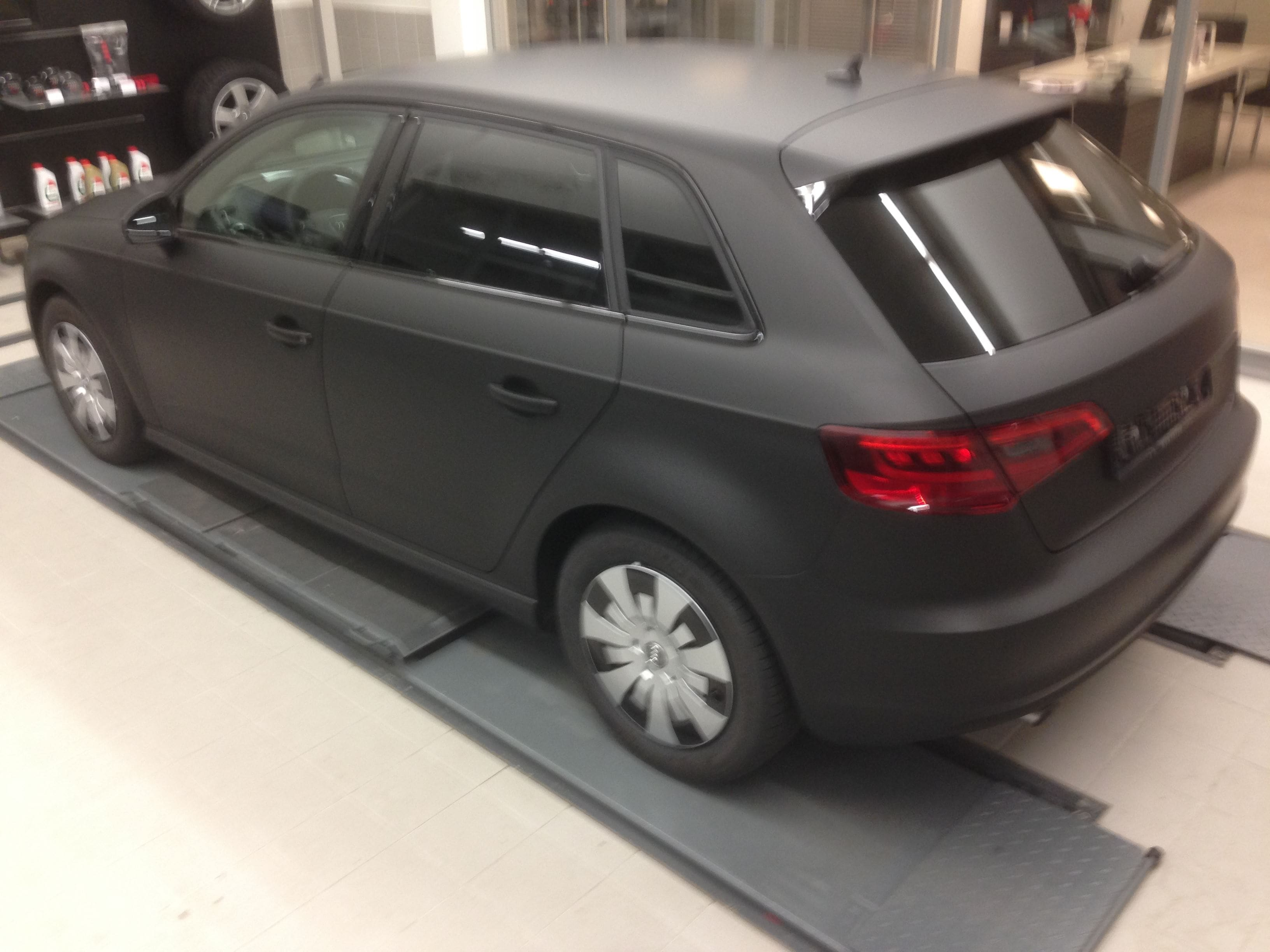 Audi A3 2014 met Mat Zwarte Wrap, Carwrapping door Wrapmyride.nu Foto-nr:4462, ©2021
