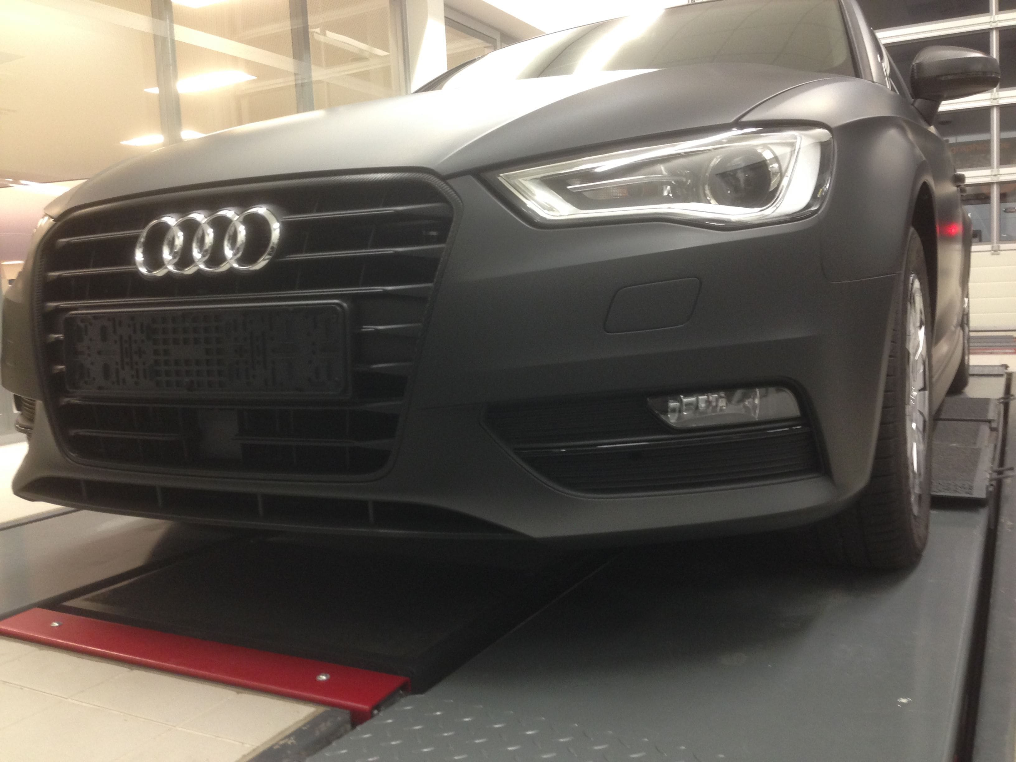 Audi A3 2014 met Mat Zwarte Wrap, Carwrapping door Wrapmyride.nu Foto-nr:4464, ©2021