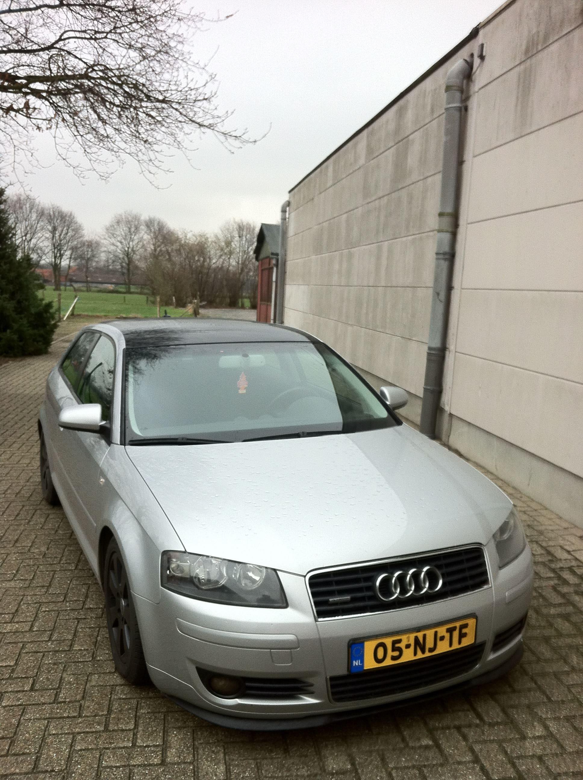 Audi A3 met Glans Zwart Dak, Carwrapping door Wrapmyride.nu Foto-nr:7469, ©2021