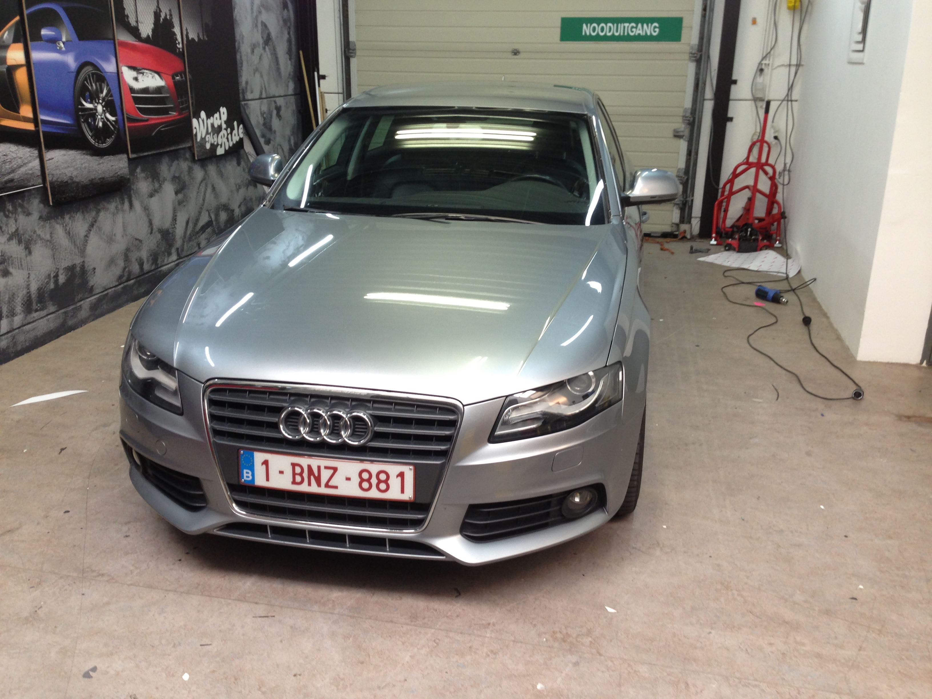 Audi A4 B6 met Gunpowder Wrap, Carwrapping door Wrapmyride.nu Foto-nr:4501, ©2021