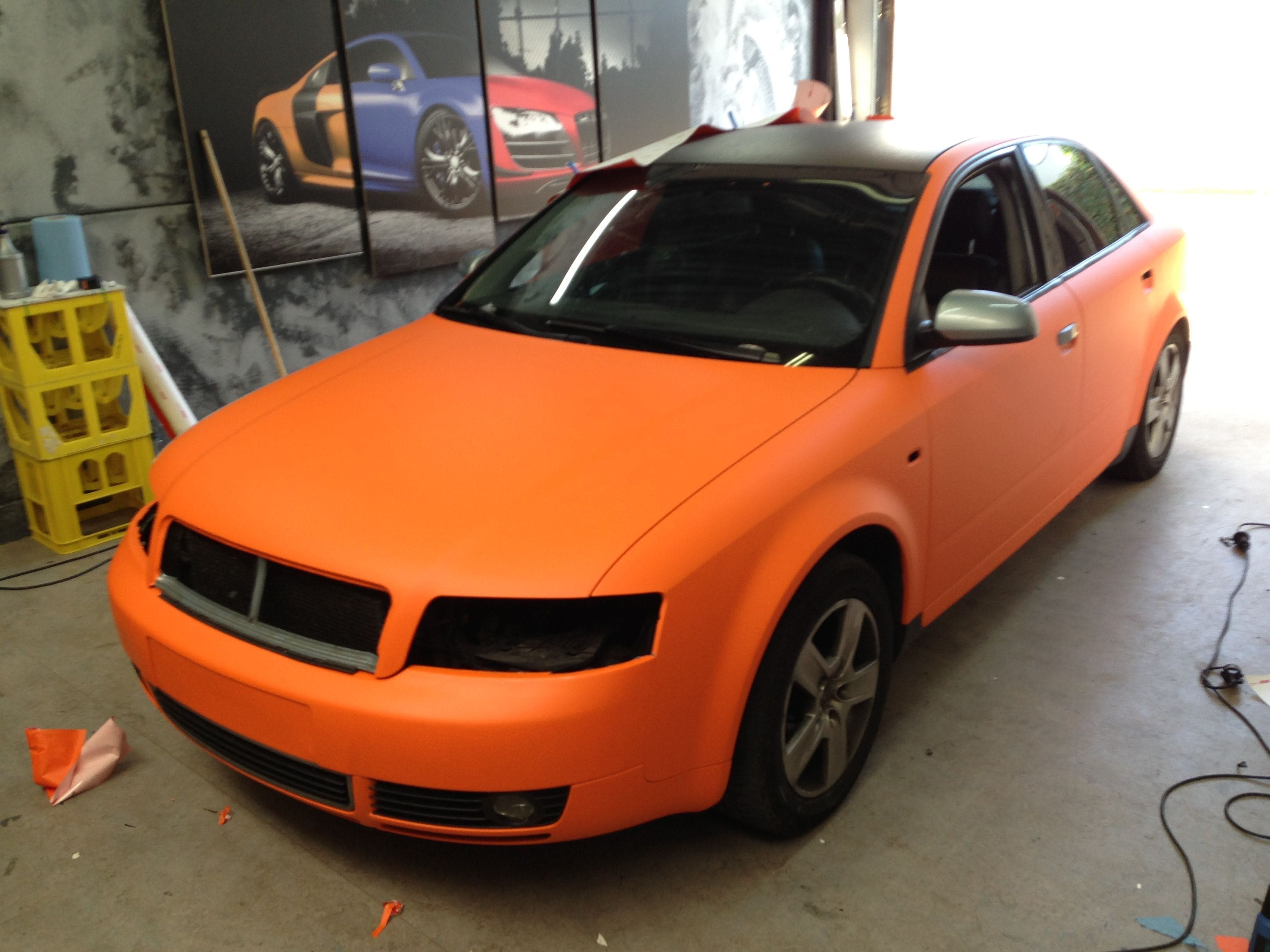 Audi A4 B6 met Mat Oranje Wrap, Carwrapping door Wrapmyride.nu Foto-nr:4496, ©2021