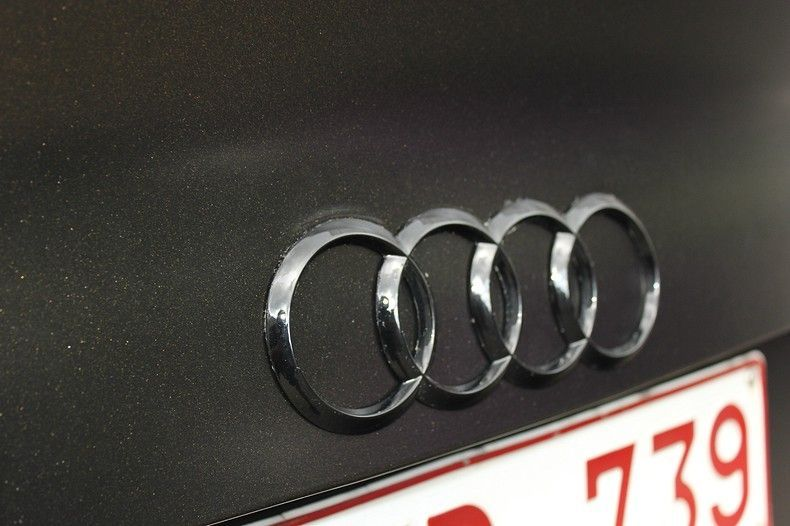 Audi A4 satin gold dust, Carwrapping door Wrapmyride.nu Foto-nr:11997, ©2021
