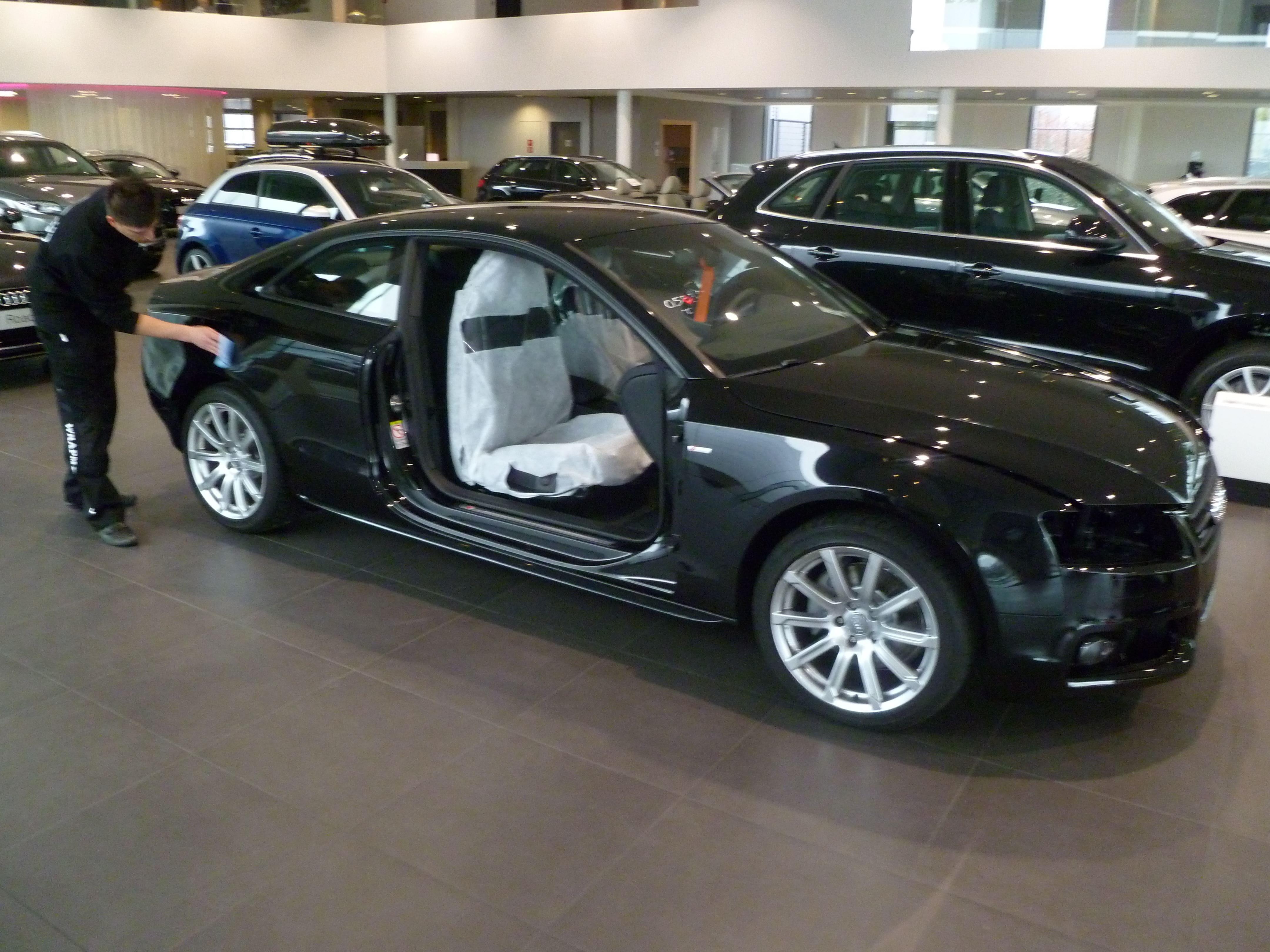 Audi A5 Coupe met Mat Zwarte Wrap, Carwrapping door Wrapmyride.nu Foto-nr:4609, ©2021
