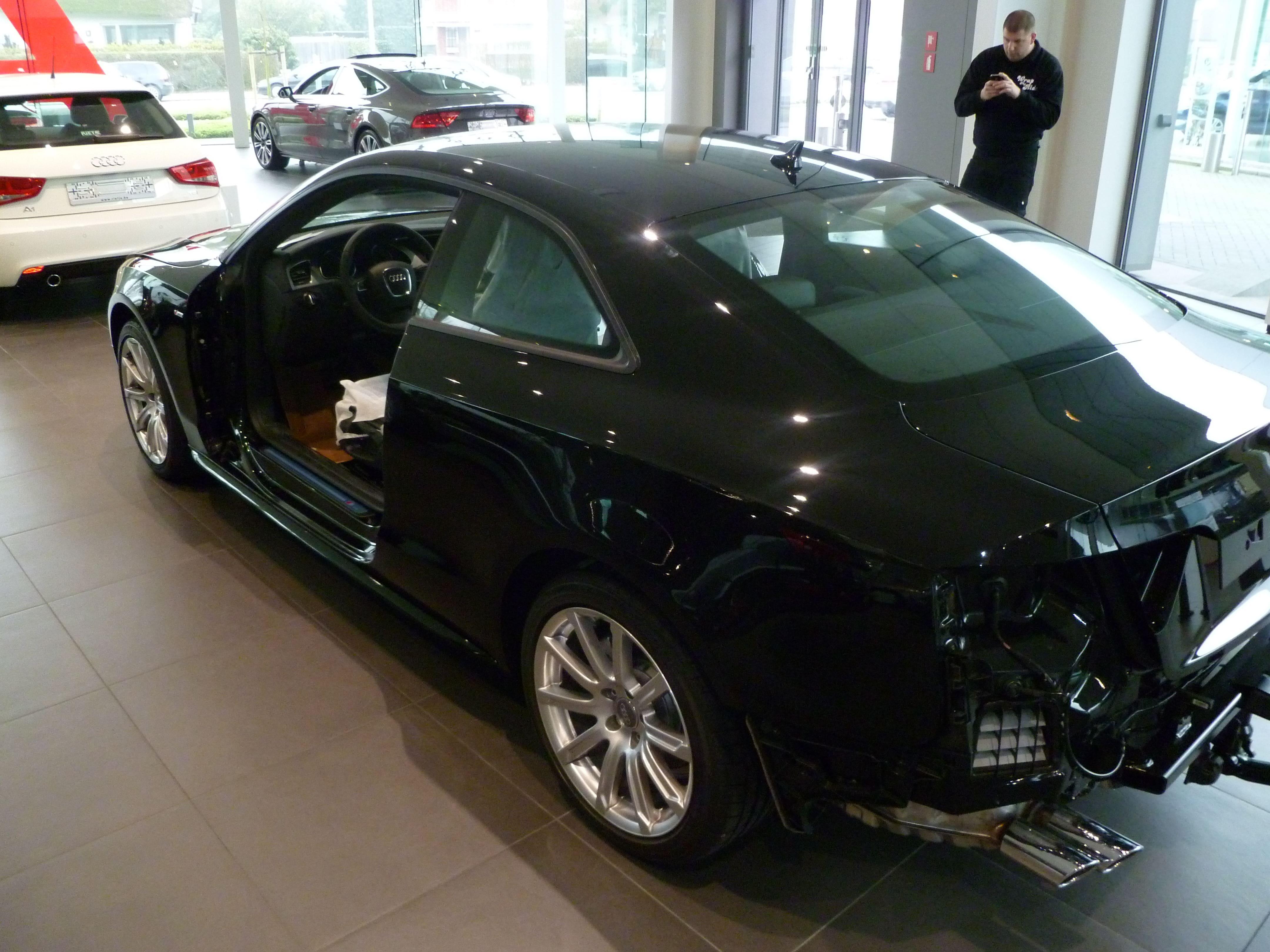 Audi A5 Coupe met Mat Zwarte Wrap, Carwrapping door Wrapmyride.nu Foto-nr:4612, ©2021