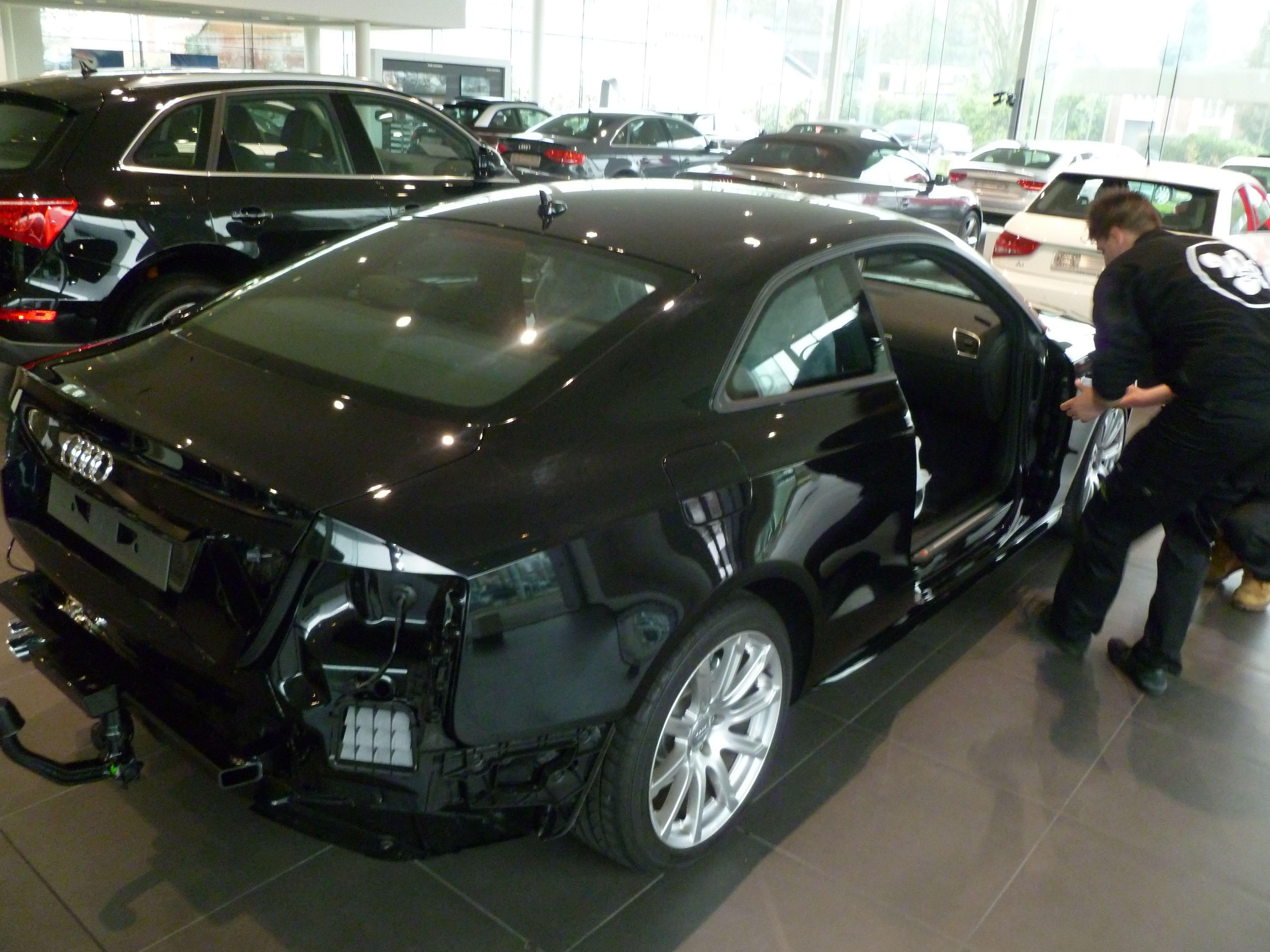 Audi A5 Coupe met Mat Zwarte Wrap, Carwrapping door Wrapmyride.nu Foto-nr:4614, ©2021