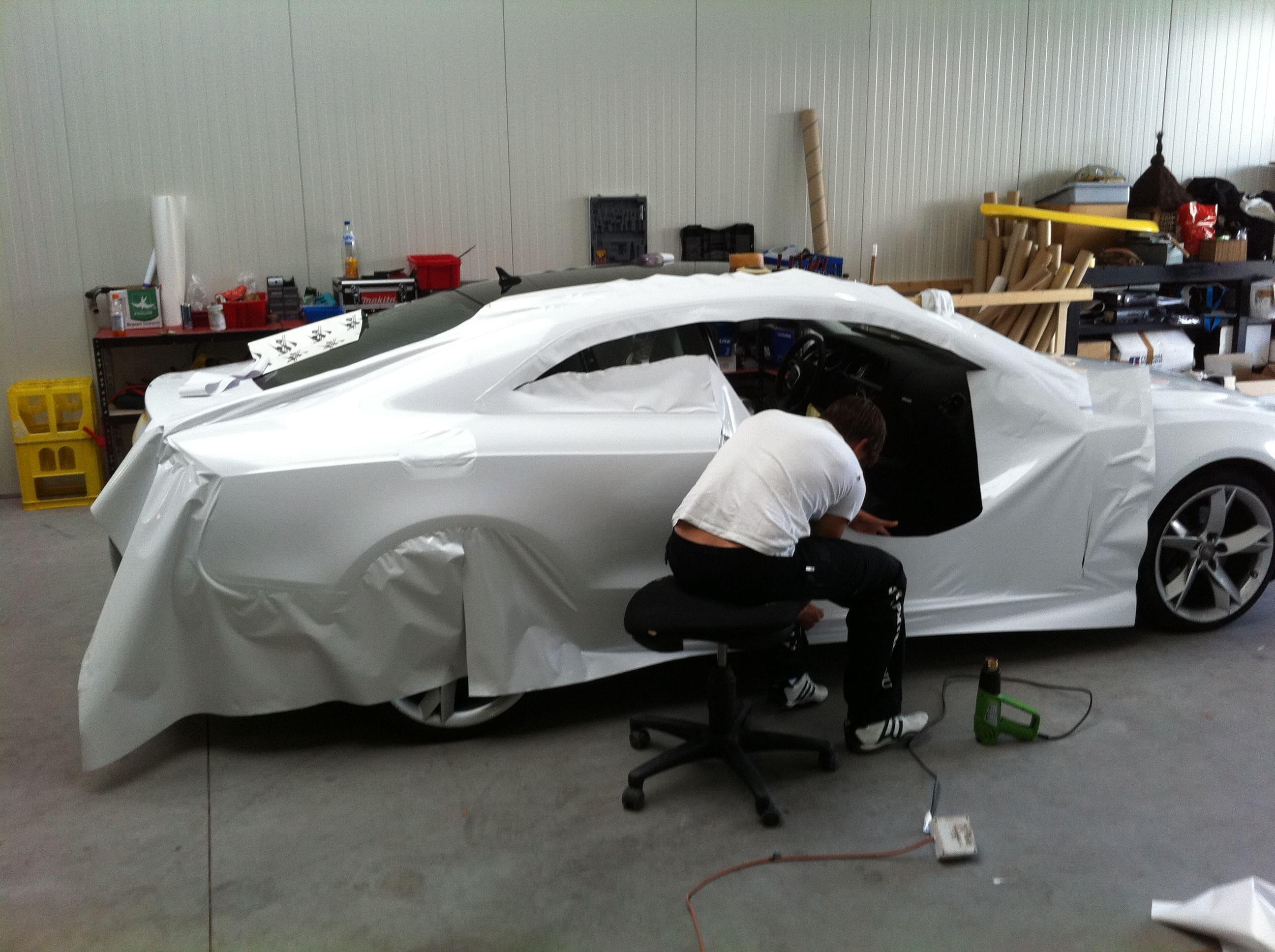 Audi A5 coupe met Metallic Witte Wrap, Carwrapping door Wrapmyride.nu Foto-nr:4662, ©2021