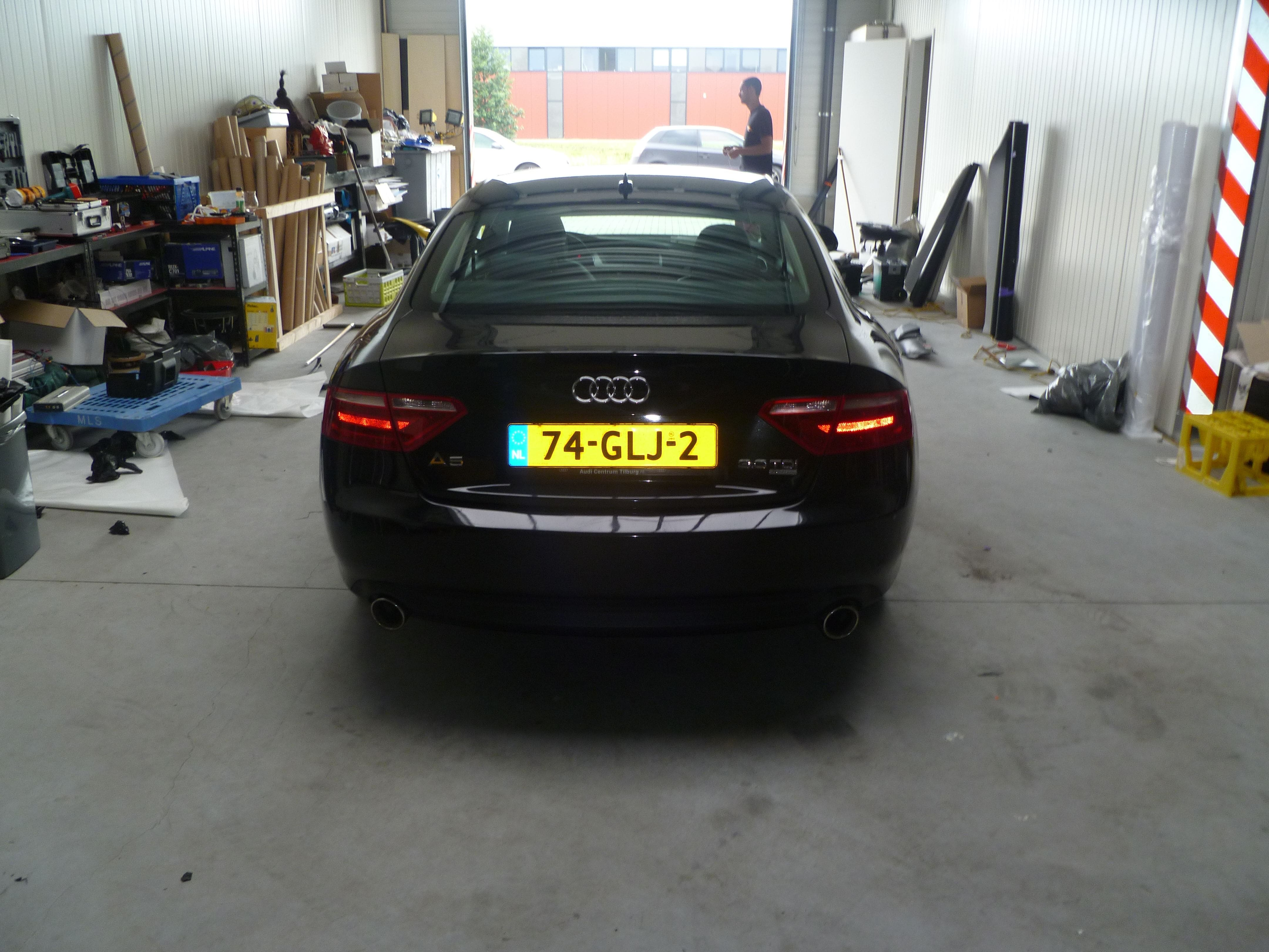 Audi A5 coupe met Metallic Witte Wrap, Carwrapping door Wrapmyride.nu Foto-nr:4673, ©2020