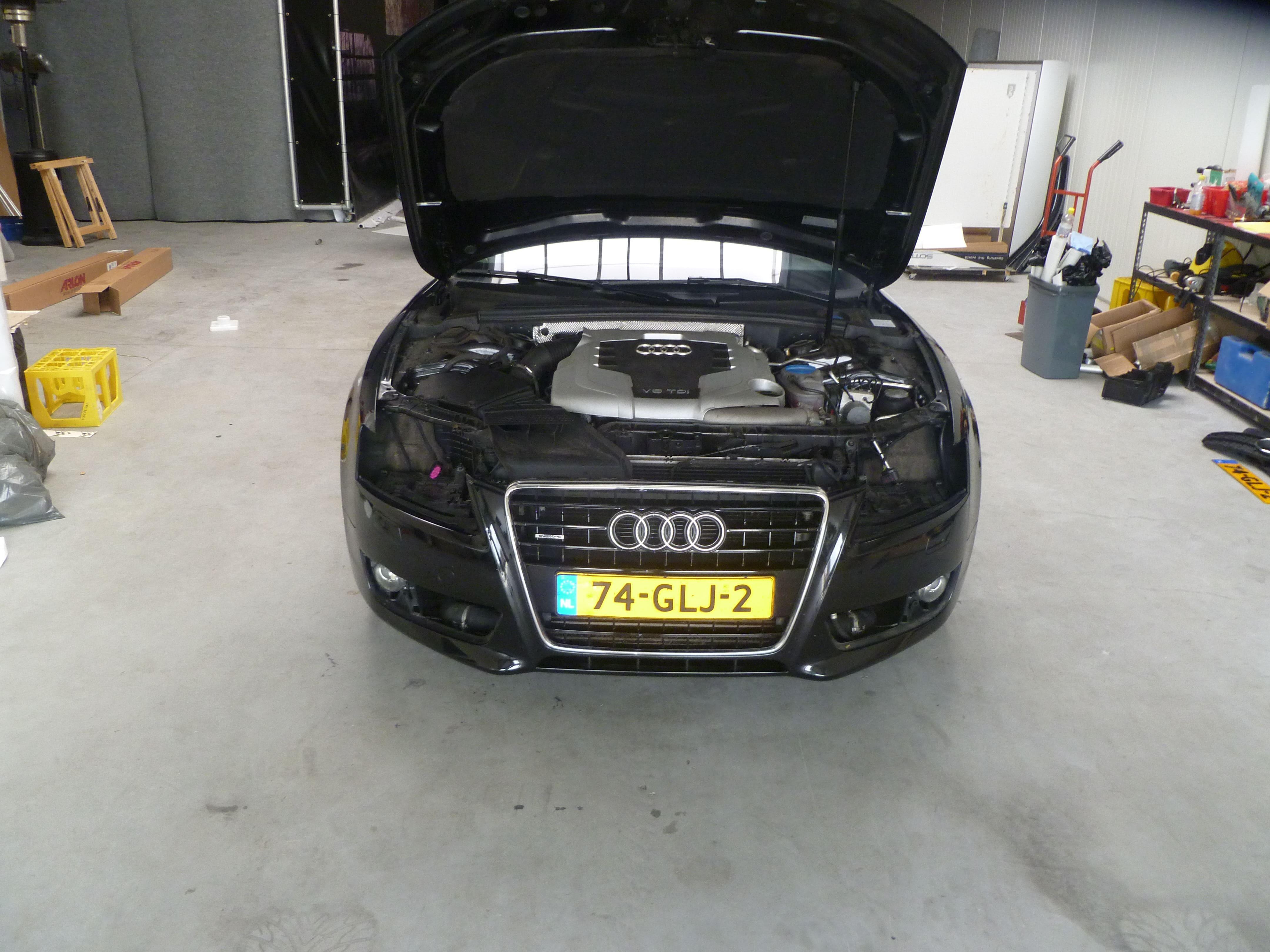 Audi A5 coupe met Metallic Witte Wrap, Carwrapping door Wrapmyride.nu Foto-nr:4678, ©2021