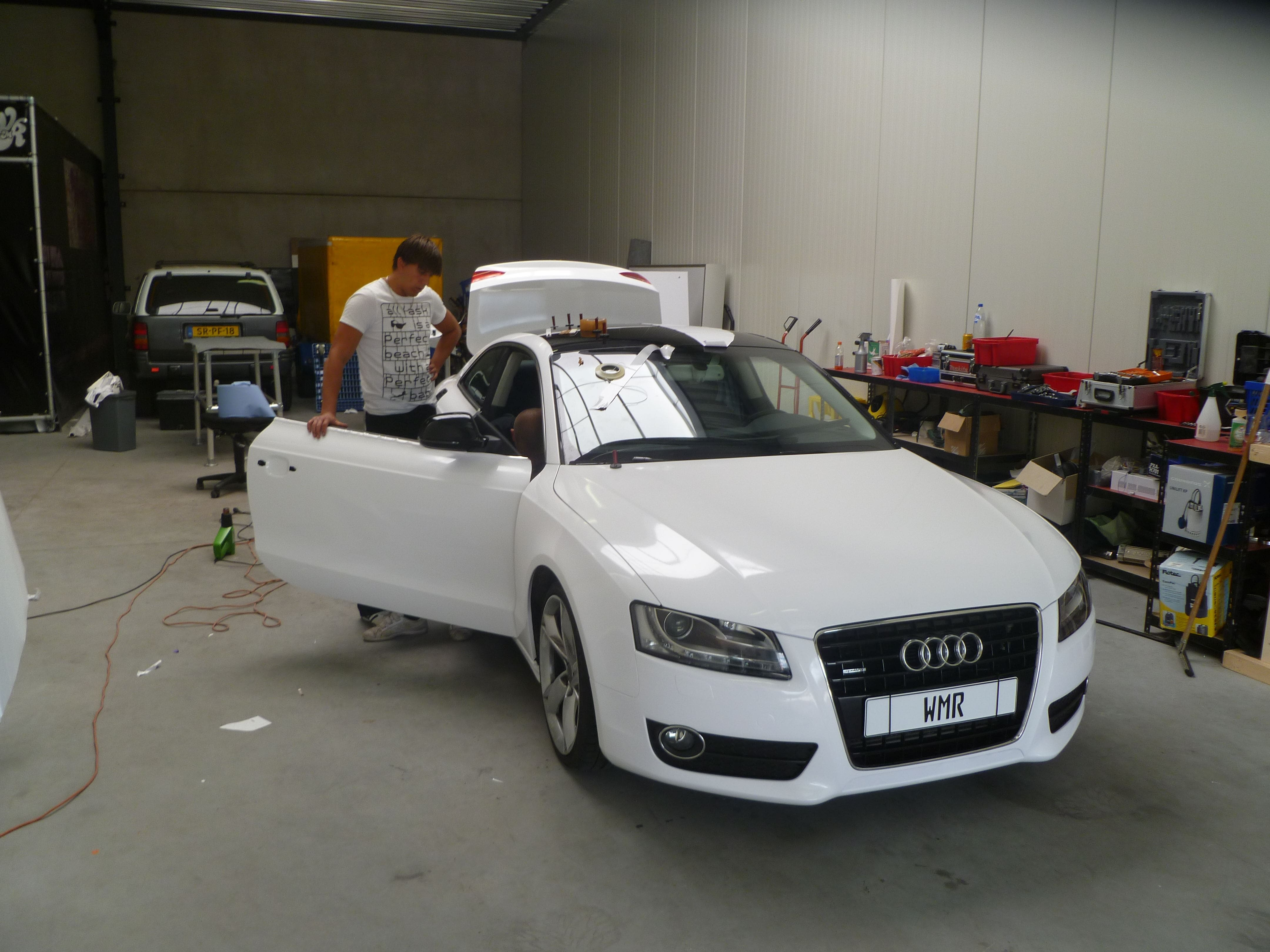 Audi A5 coupe met Metallic Witte Wrap, Carwrapping door Wrapmyride.nu Foto-nr:4718, ©2020
